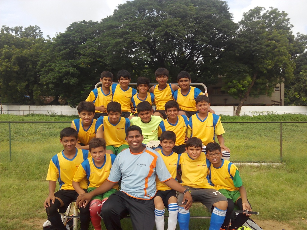 VIBGYOR High Vadodara School's U-14 Boys team _Coca Cola Cup